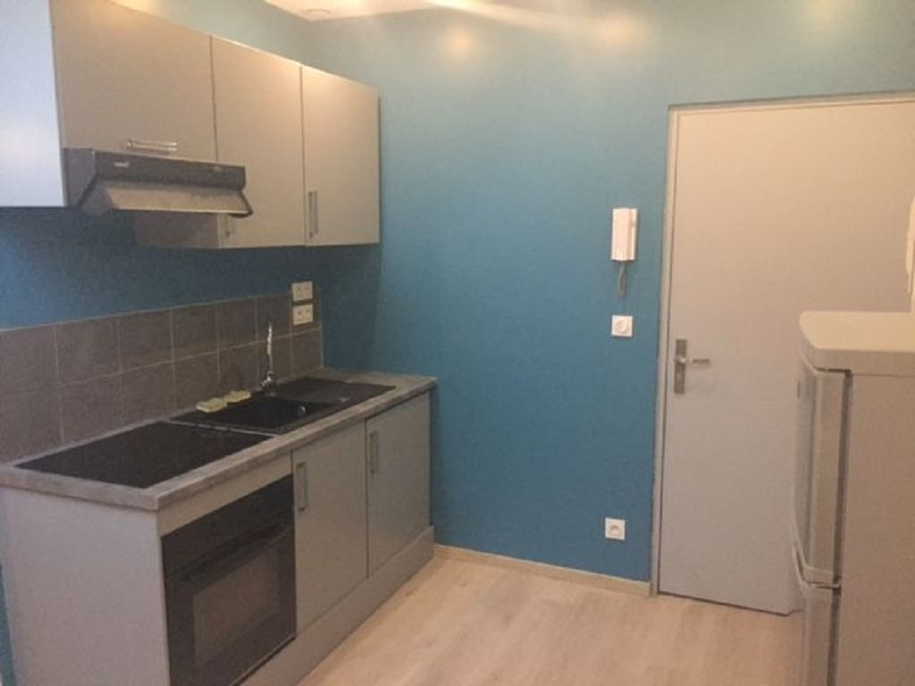 location - T3 - ST JUST ST RAMBERT -  -